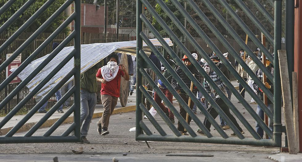 UNMSM: así fue enfrentamiento entre estudiantes y trabajadores - 6