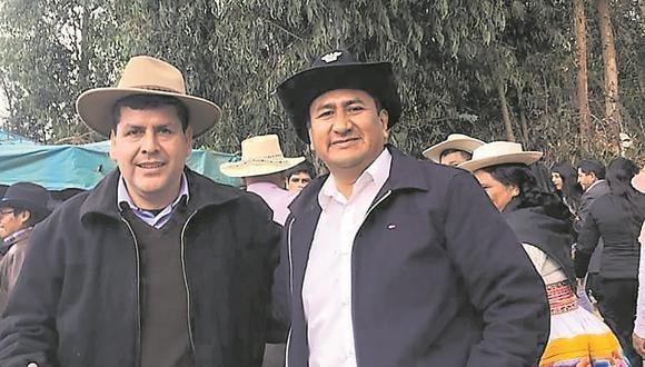 Viceministro de Gobernanza Territorial junto a Vladimir Cerrón. (Foto: archivo personal)