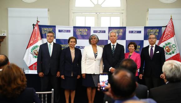 La Junta Nacional de Justicia es presidida por Aldo Vásquez y actualmente cuenta con seis miembros titulares, a la espera de que se defina la situación del abogado Marco Tulio Falconí. (Alessandro Currarino/GEC)