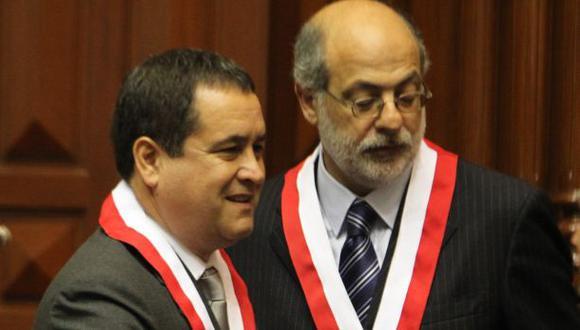 """Abugattás tildó a Luis Iberico de """"peón del fujimontesinismo"""""""