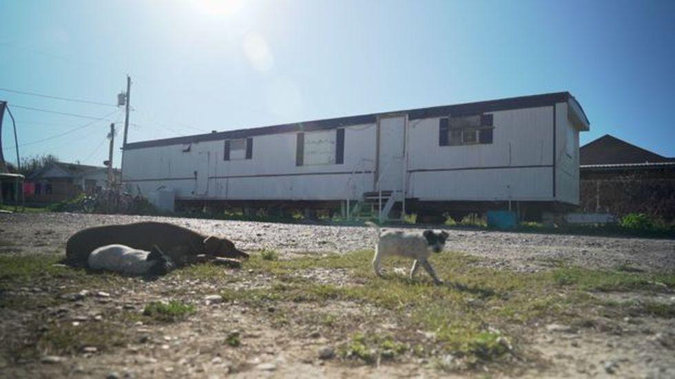 Las casa-tráiler son comunes en Escobares City. (BBC)