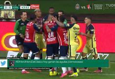 Pedro Aquino fue el protagonista en el fuerte cruce entre jugadores de América y Chivas | VIDEO