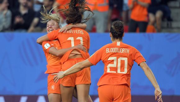 Holanda vs. Japón: golazo de Lieke Martens para el 1-0 a favor de las tulipanes. (Foto: AFP)