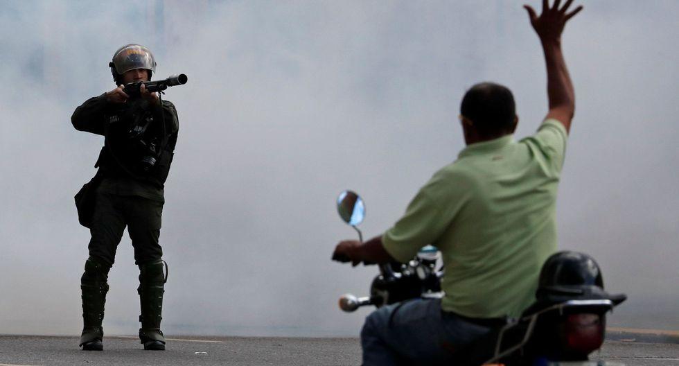 Venezuela: se registran serios disturbios en Caracas tras la juramentación de Juan Guaidó. (Reuters).