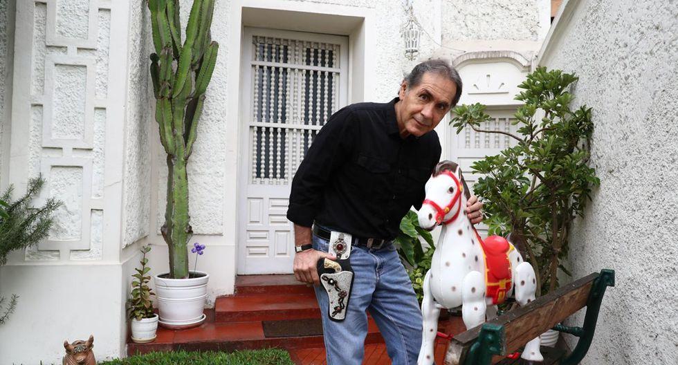 """Jorge Eslava publicó en el 2017 """"Zona de encuentro. Lecturas urgentes para educación secundaria"""". (Foto: Alessandro Currarino)"""