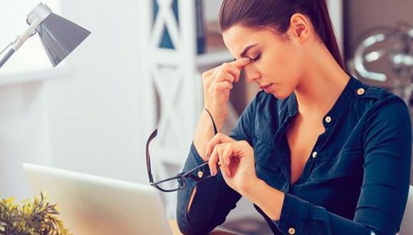 Estar frente a la pantalla de una computadora produce fatiga visual. (Foto: Free Images)
