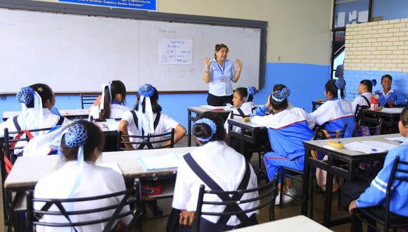 Alrededor de 2.000 colegios han dejado de operar en lo que va del año por la crisis económica. (Foto: Jessica Vicente / Archivo)