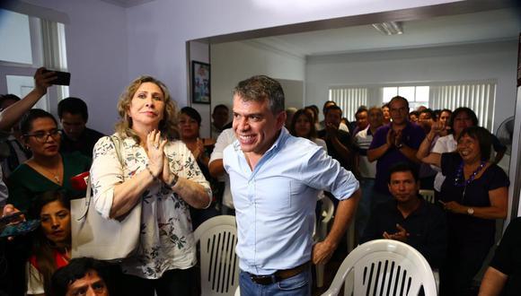 Líder del Partido Morado usó sus redes sociales para criticar una de las medidas instauradas por el presidente Martín Vizcarra. (Foto: GEC)