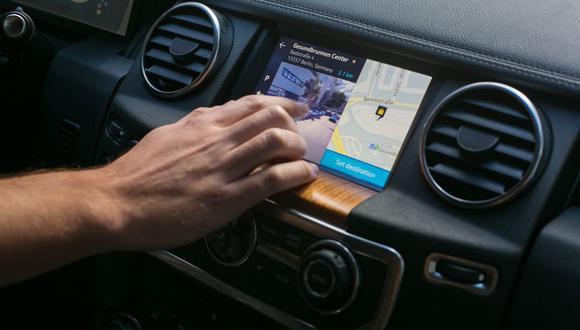 En el futuro cercano, el altavoz también permitirá a los conductores supervisar y controlar dispositivos inteligentes en viviendas equipadas.  (Foto: Reuters)