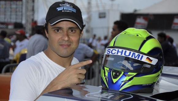 Massa recuerda a Schumacher llevando su nombre en el casco