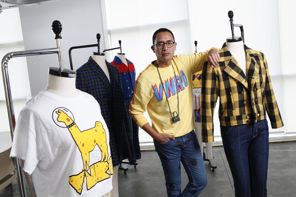 El diseñador alista la apertura de más tiendas con su marca, VNRO, que se sumarán a la que tiene en el Jockey.