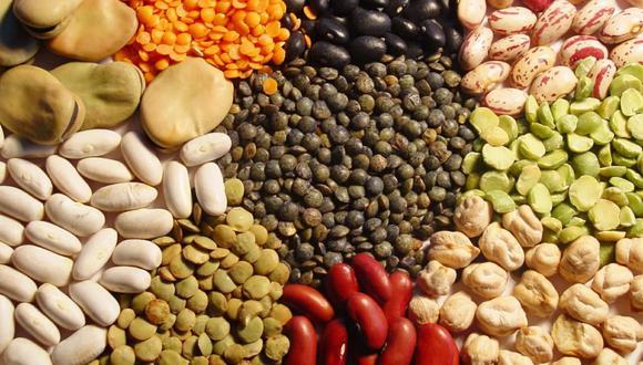Las legumbres representan una importante fuente de ingresos para miles de pequeños productores de la Agricultura Familiar que se dedican a su cultivo en 23 departamentos del país. (Foto: GEC)