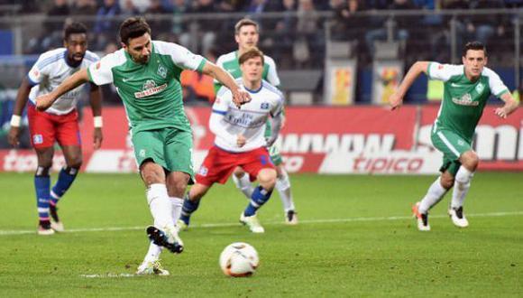 Con Pizarro: W. Bremen igualó 2-2 ante Hamburgo en Bundesliga
