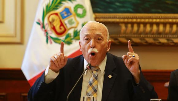 Tubino descartó que la iniciativa legislativa de la congresista Aramayo no se produzca en respuesta a lo sucedido el martes con el mandatario.(Foto: GEC)