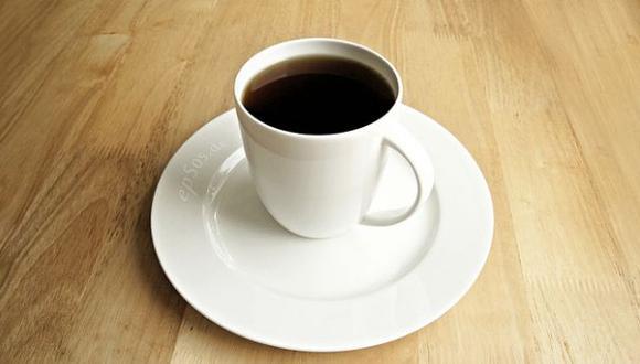 Tomar 3 o 4 cafés diarios podría ayudar a prevenir infartos