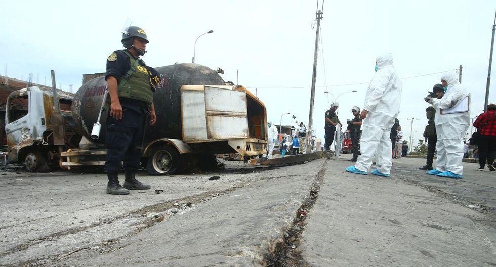 El desnivel habría ocasionado la rotura de la tubería de un camión cisterna que transportaba gas. (Gonzalo Córdova/GEC)