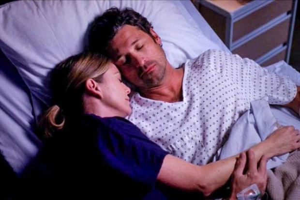 Grey's Anatomy racconta tra le altre storie la relazione tra Meredith e Derek, così come le sfide del loro lavoro (Immagine: Stylegrays/Instagram)