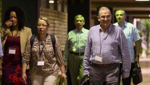 Negociadores de paz fueron espiados por militares colombianos