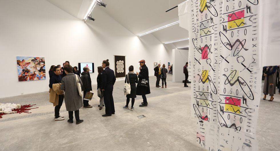 """Exposición """"SinCrónicas. Horizontes del Arte Contemporáneo Peruano desde el Coleccionismo"""" (Foto: Víctor Idrogo / El Comercio)"""