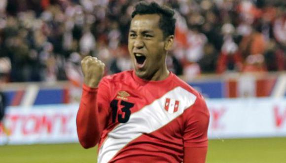 Renato Tapia es jugador de Feyenoord desde inicios del 2016. (Foto: AFP)