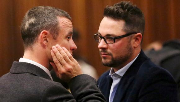 Hermano de Oscar Pistorius se estrelló con su auto en Sudáfrica