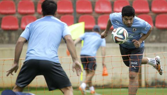 Suárez entrenó por primera vez desde su operación sin molestias