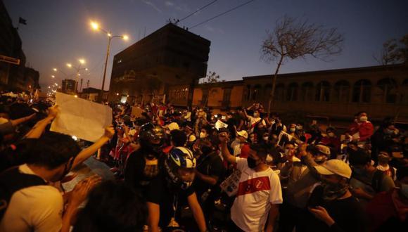 Algunas personas han reportado que sus familiares desaparecieron tras participar en marcha contra el régimen de Manuel Merino. (GEC)