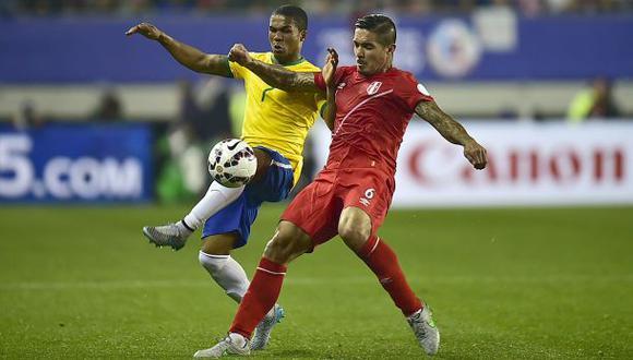 Selección peruana: Juan Vargas terminó con esguince de rodilla