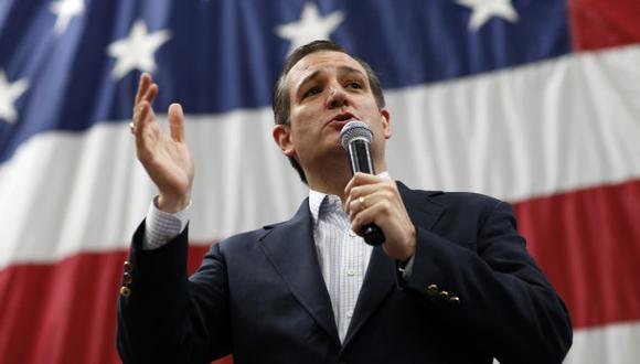 Ted Cruz pide que se vigile vecindarios de mayoría musulmana