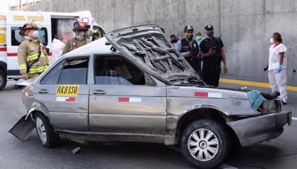 El accidente de tránsito ocurrió en la Vía Expresa de Paseo de la República, a la altura del puente Iquitos. (Foto: Fernando Sangama / @photo.gec)