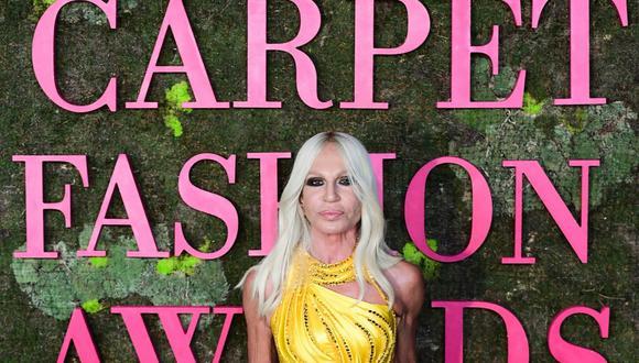 Michael Kors compra Versace: ¿Qué gana con esta adquisición?