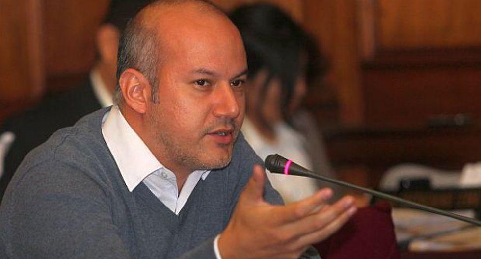 Ay, Tejada, cometiste un gran error, por Fernando Vivas