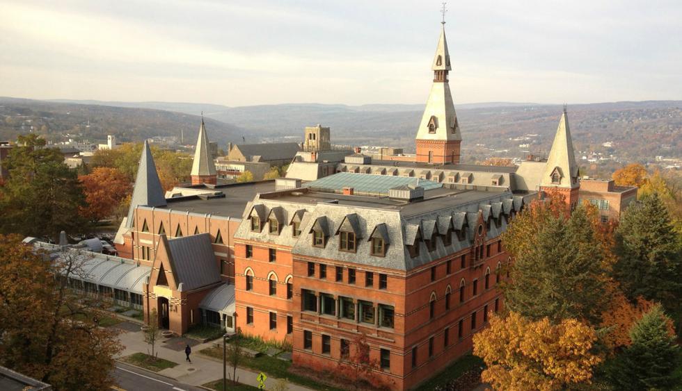 Escuela de Postgrado de Administración Samuel Curtis Johnson, Universidad de Cornell. Forbes puntualizó que un MBA de esta escuela gana US$70.400 anuales.