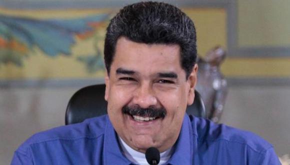 Maduro: Su familia hace paracaidismo en medio de la crisis