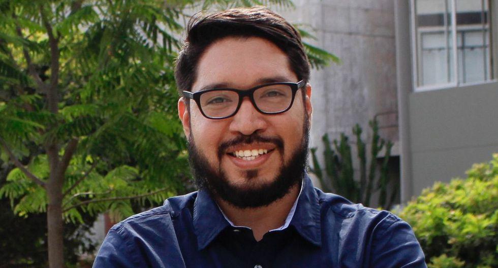 Gabriel Carrasco-Escobar vive en San Diego, California, donde realiza su doctorado en Salud Pública. Se especializó en epidemiología en la Universidad Peruana Cayetano Heredia.