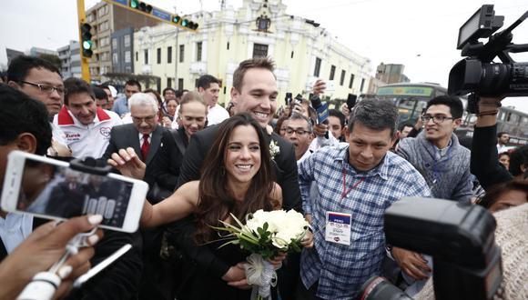 Foto del matrimonio civil entre George Forsyth y Vanessa Terkes, realizado a 43 días de las elecciones municipales de 2018. (Foto: Renzo Salazar/USI)