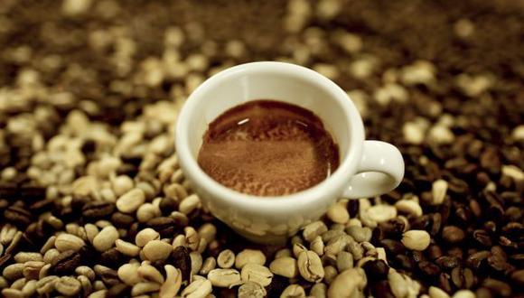Recomiendan consumir café a temperatura tibia (Foto: Karen Zárate)