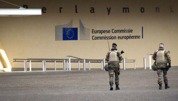 Bruselas: evacúan Parlamento Europeo por amenaza de bomba