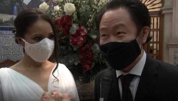 La ceremonia de matrimonio civil entre Kenji Fujimori y Erika Muñoz fue realizada por el alcalde de Miraflores, Luis Molina. (Captura de video - Municipalidad de Miraflores)