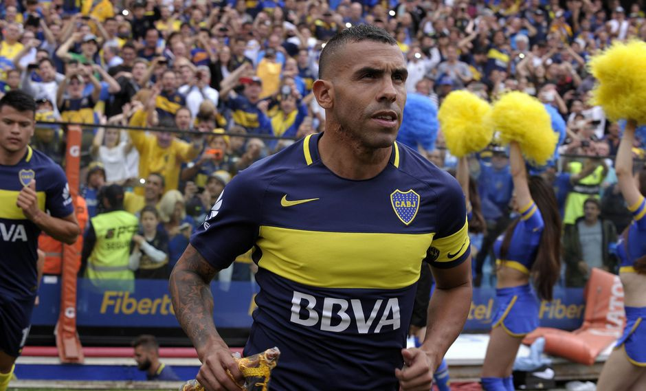 El 'Apache' Carlos Tévez se sumó a los entrenamientos de Boca Juniors este viernes y jugará la Copa Libertadores frente a Alianza Lima. (Foto: AFP)