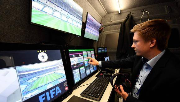 El videoarbitraje llegará a usarse en la Copa Libertadores 2017 desde las últimas fases (Foto: AFP)