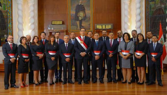 Martín Vizcarra asumió la presidencia del Perú el 23 de marzo. Diez días después, como indicó, presenta a su Gabinete Ministerial. (Foto: Martín Vizcarra / Twitter)