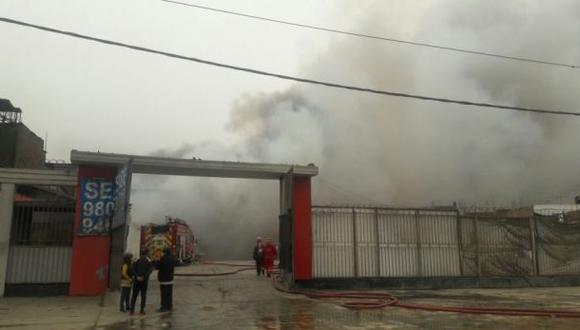 Causas de incendio en El Agustino se conocerán a fines de mes