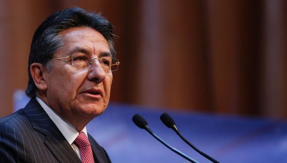 El entonces Fiscal General de Colombia, Néstor Humberto Martínez, durante una conferencia de prensa el 8 de febrero de 2017 en Bogotá. (AFP / Colombia's Attorney General Press Office / Federico BARON).