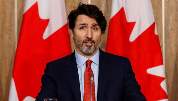 El primer ministro de Canadá, Justin Trudeau, asiste a una conferencia de prensa, mientras continúan los esfuerzos para ayudar a frenar la propagación de la enfermedad del coronavirus (COVID-19), en Ottawa, Ontario, Canadá. (Foto: REUTERS / Blair Gable).