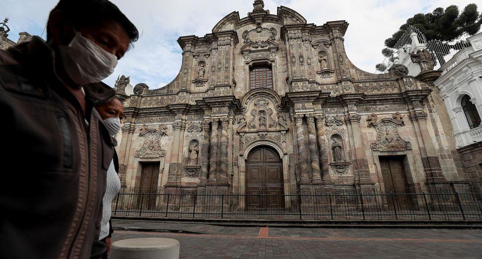 La Iglesia de la Compañía de Jesús en Quito, Ecuador, país que está en cuarentena para frenar la pandemia de coronavirus. (EFE/José Jácome).