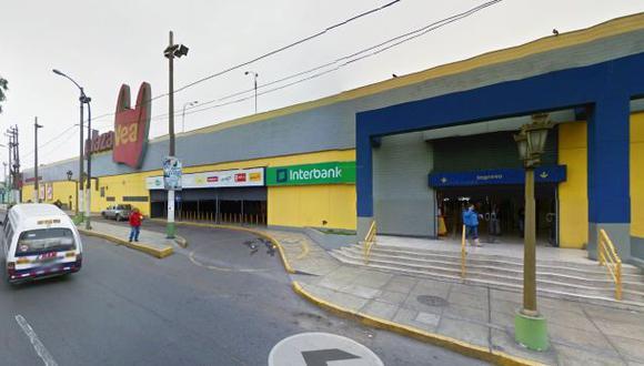 Asalto en Plaza Vea del Callao: policía detuvo cuatro ladrones