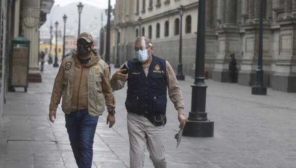 Fiscal Anticorrupción Reynaldo Abia llega a Palacio de Gobierno para realizar diligencia por caso de Mirian Morales (Foto: Mario Zapata/GEC)