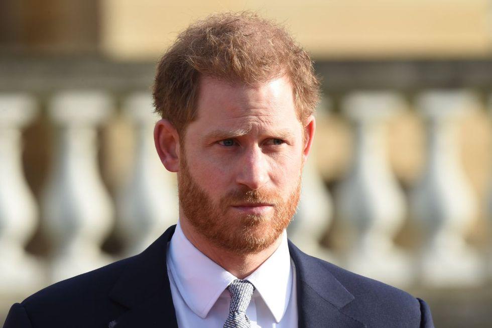 """El príncipe Harry expresa """"gran tristeza"""" por alejarse de la familia real. (AFP)"""