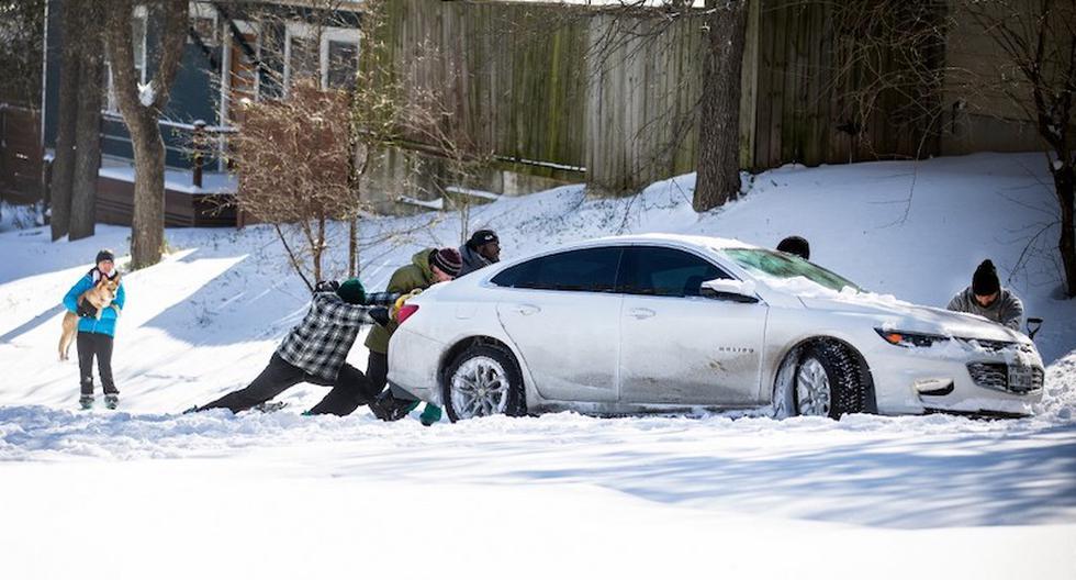 En Austin y otras ciudades de Texas, el frío ha alterado el ritmo de vida cotidiano. (Foto: Montinique Monroe / AFP)